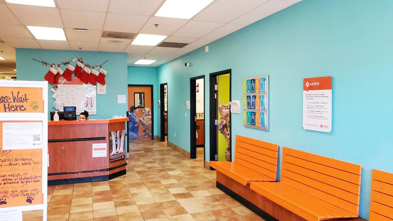 The lobby of the Banfield Pet Hospital